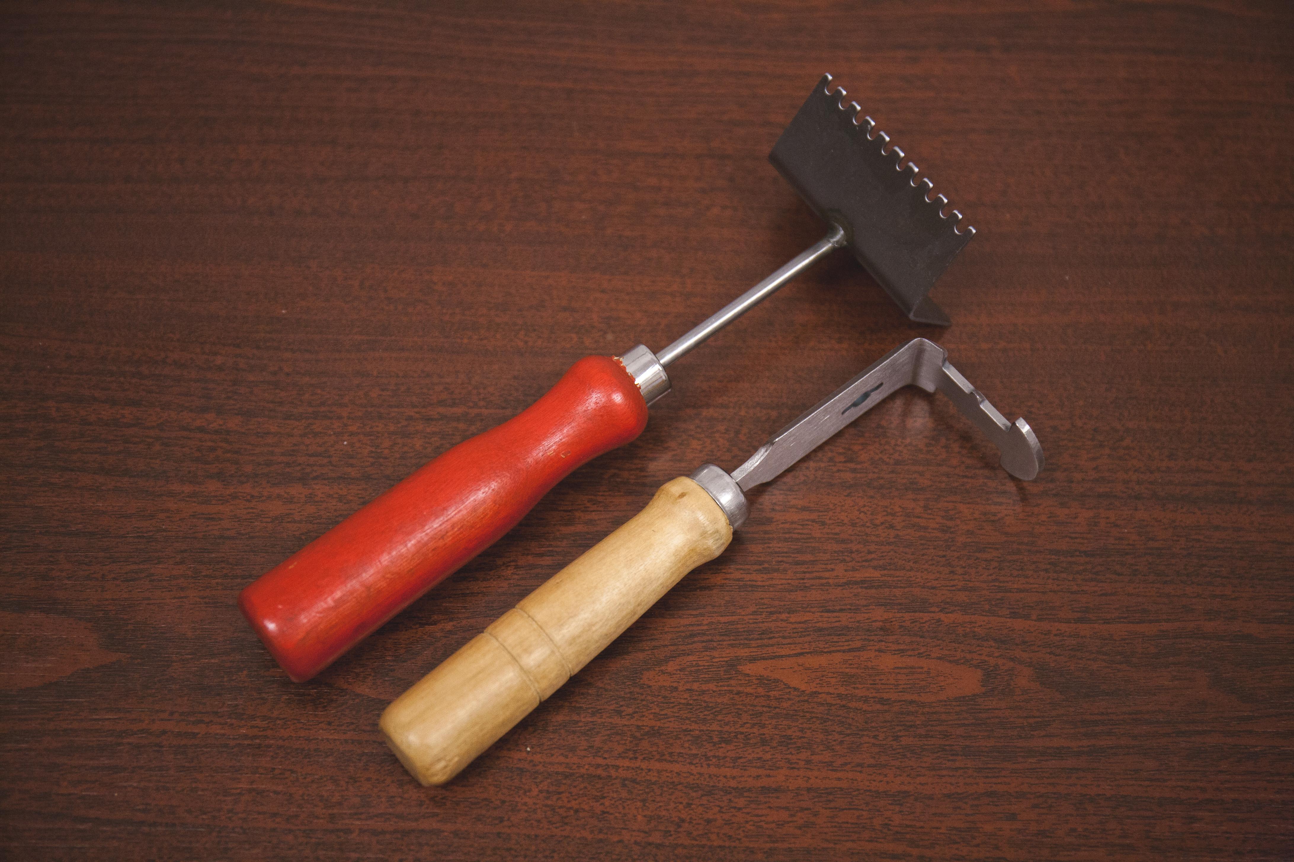 škrabka a nôž